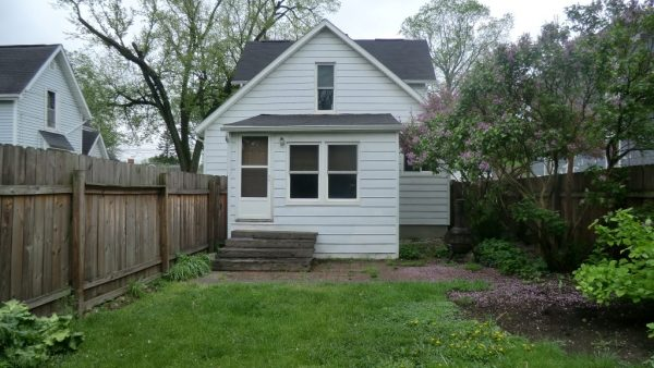 127 N Clay St<br>Coldwater, MI