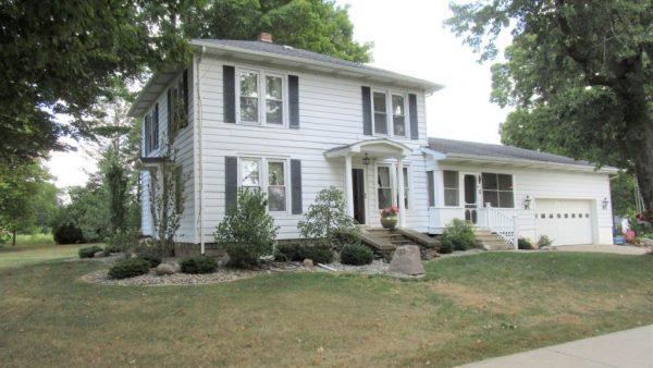 137 S Centennial Rd<br>Coldwater, MI 49036