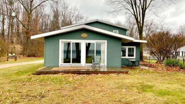 63128 W Fish Lake Rd<br>Sturgis, MI 49091