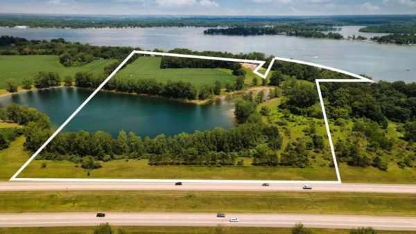Pearl Beach Dr<br>Coldwater, MI 49036